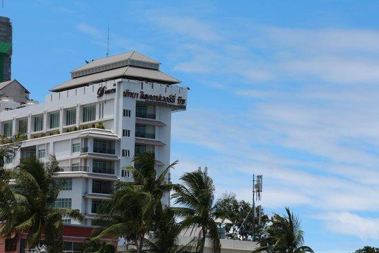 Pattaya Discovery Beach Hotel: D Beach Hotel