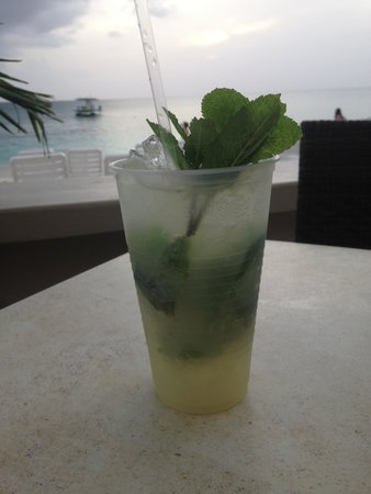 The Westin Grand Cayman Seven Mile Beach Resort & Spa: Mojito at The Royal Palms Beach Club Reef Grill