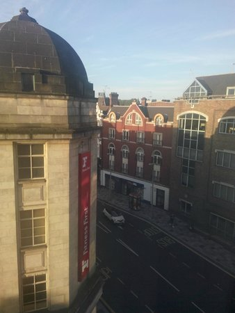 Travelodge London Clapham Junction Hotel : Dalla finestra giorno