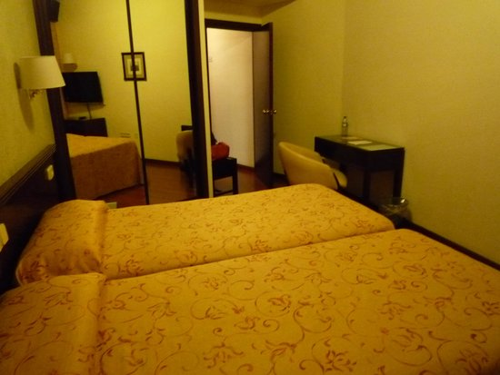 Hotel Derby Sevilla: 部屋1