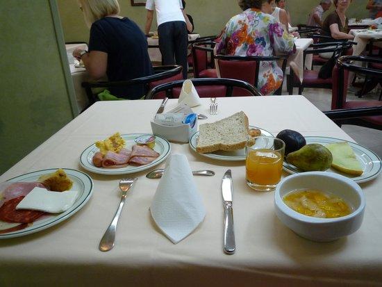 Hotel Derby Sevilla: 朝食2