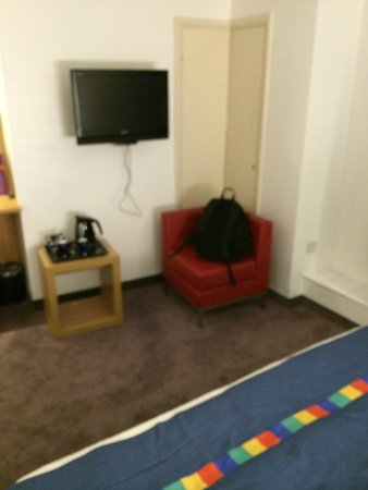 Park Inn by Radisson York: A chair that's fine for a back pack, but not much more
