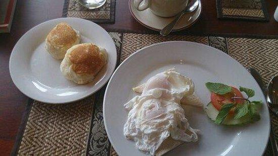 سالانا بوتيك هوتل: 朝食。洋食です。