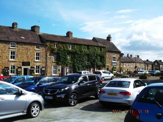 Lavender House: Yorkshire Dales Village
