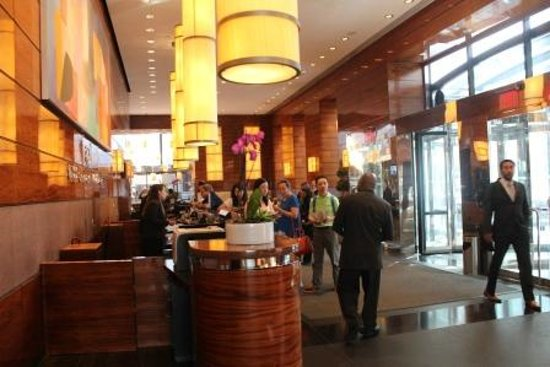 Millenium Hilton : Lobby