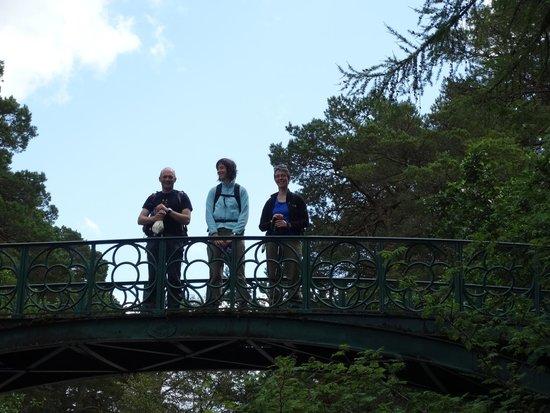 Fraoch Lodge: Old victorian bridge at Balmoral Estate