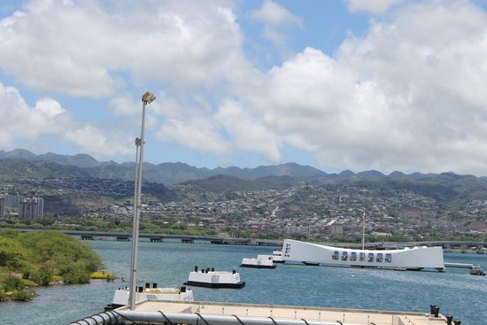 Battleship Missouri Memorial: USS Missouri 9
