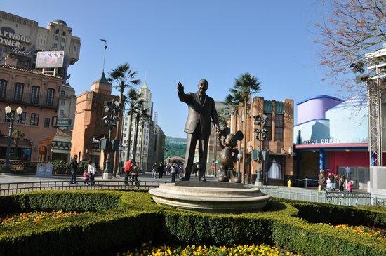 Walt Disney Studios Park: Entrence