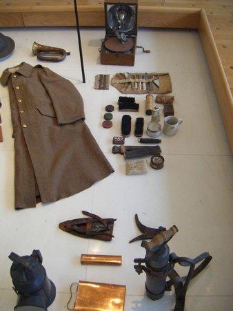 Historial de la Grande Guerre : collections of uniform and kit