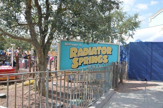Walt Disney Studios Park: Radiator Springs! My favorite !!