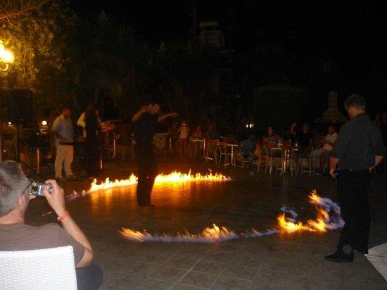 Filoxenia Hotel: Greek night fire dancing