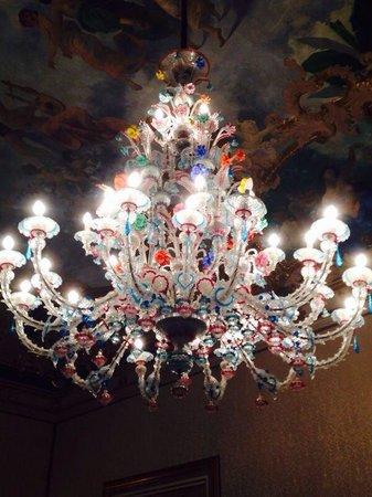 Palazzo Montevago : Lampadario stupendo