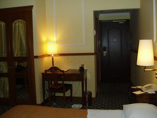 Hotel Savoy: シューペリア・ダブルの室内