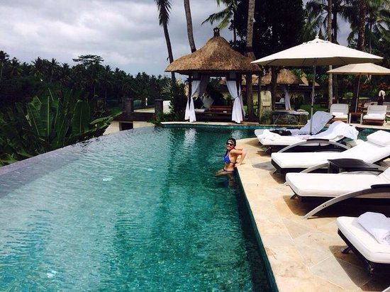 Viceroy Bali: A true great escape from reality in the amazing infinity pool.