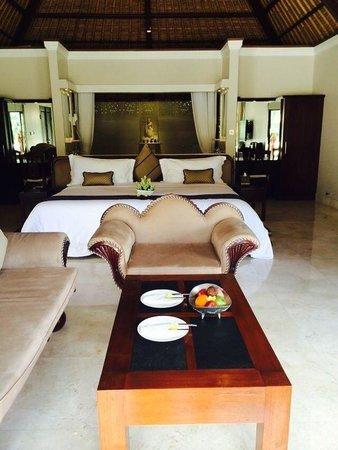 Viceroy Bali: Terrace Villa 1 internal. Pure opulence