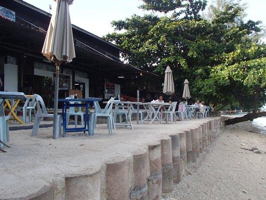 Perhentian Paradise Resort: restaurant