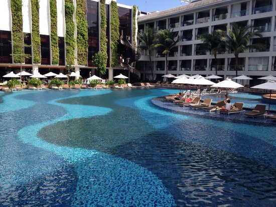 The Stones Hotel - Legian Bali, Autograph Collection: Enjoy every square metre of the amazing pool