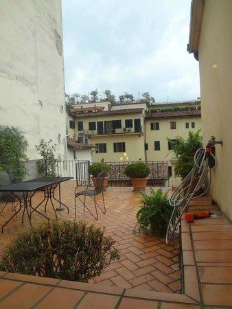 B4 Astoria Firenze: Terrace outside my room