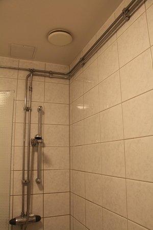 Hotel Hansson: Vue de la douche