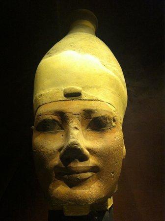 Musée égyptologique de Turin : Statua..
