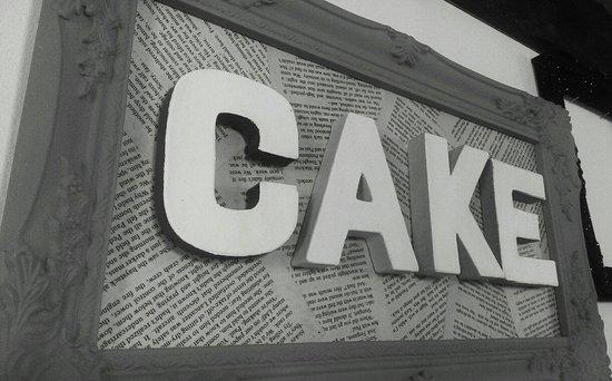 The Cake'ole: Cake!!!!