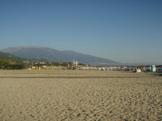 Iro: Beach with Olymp view