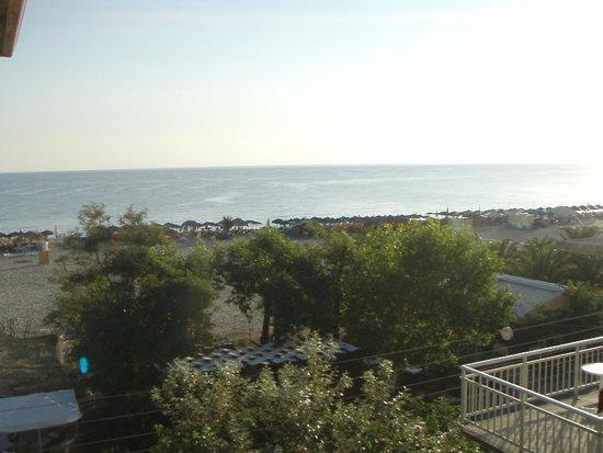 Iro: Sea view