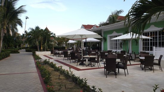 Luxury Bahia Principe Ambar Blue Don Pablo Collection: Terrasse non-funmeur