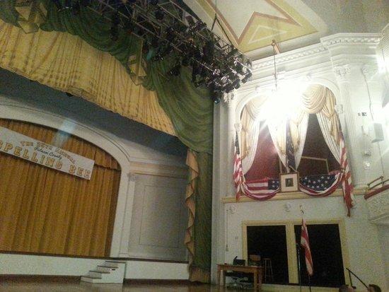 Ford's Theatre: Lincoln'ün vurulduğu yer...