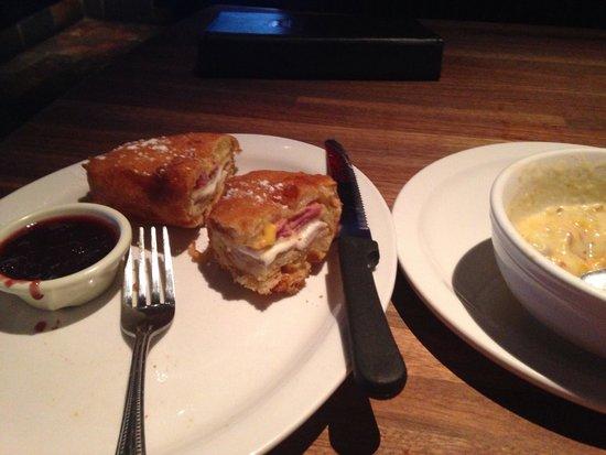 Cheddar's: Monte cristo sandwich and loaded potato soup