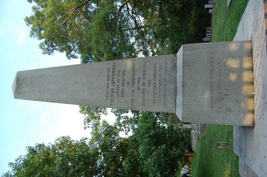 Thomas Jeffersons Monticello: Jefferson's grave
