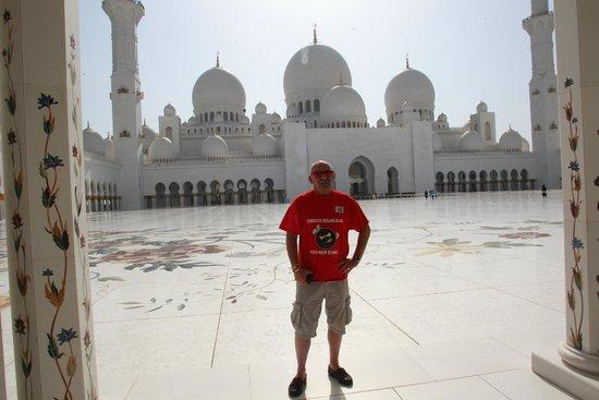 Mosquée Cheikh Zayed : Die schönste Mosche die ich gesehen habe