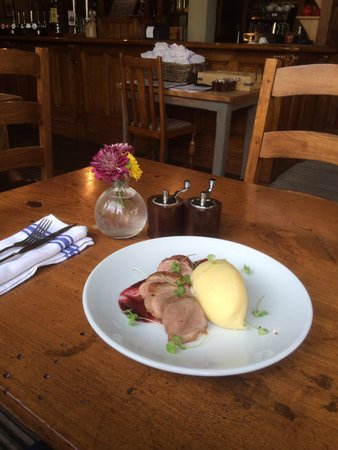 The Blackburne Pub & Eatery : Duck special .....