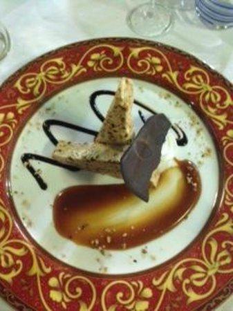 L'Antica Trattoria: Hazelnut dessert