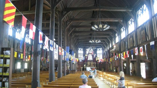 Église Sainte-Catherine : interior