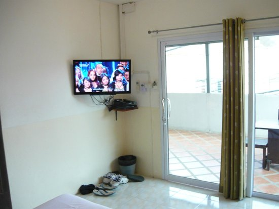Cafe Del Sol Guesthouse: entertainment center
