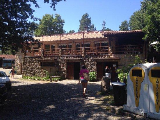 Parque Cerdeira : Restaurante.