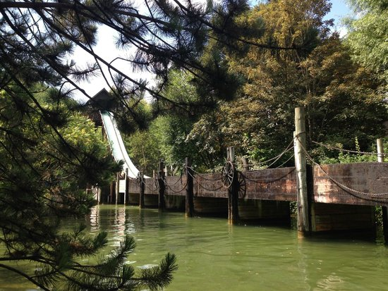 Nigloland : La célèbre buche