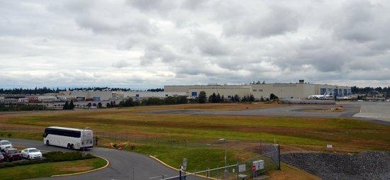 Future of Flight Aviation Center & Boeing Tour: Le plus grand bâtiment au monde