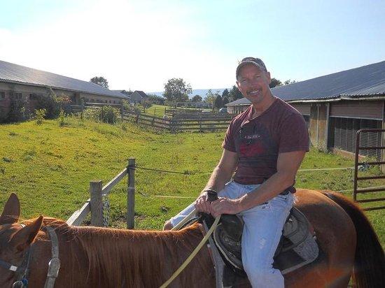 Jordan Hollow Stables: Me preparing for my ride