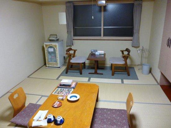 Yunohama Hotel: 和室