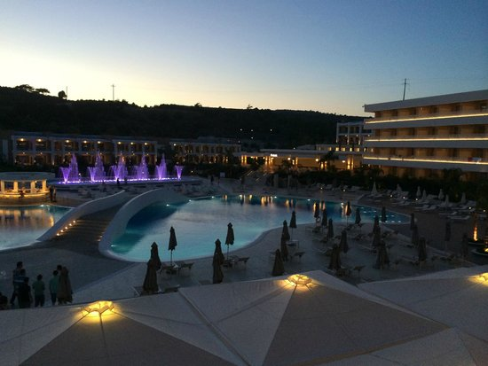 Princess Andriana Resort & Spa: e di notte