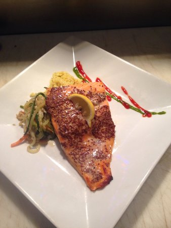 Torch Bistro : Yummie salmon encrusted with whole grain mustard