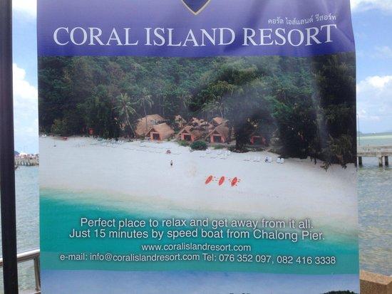 Coral Island Resort: 港での集合場所にある看板