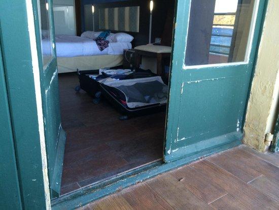 Hotel Ibersol Cavaliere Sur Plage: Un peu défraîchi.....