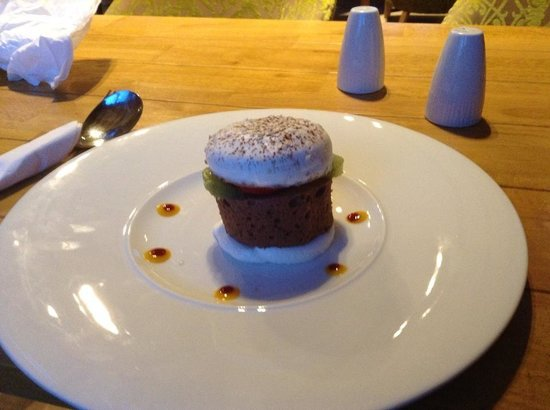 Ivy House Country Hotel: Mmmm, Chocolate Burger