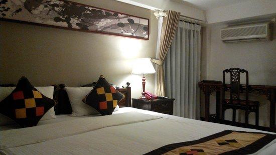 Hong Ngoc Dynastie Hotel : standard room