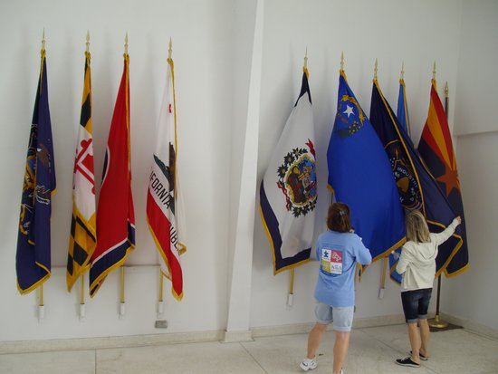 Pearl Harbor : The flags