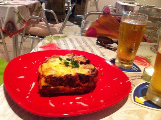 Art Cafè y Mucho Mas!: Lasagne