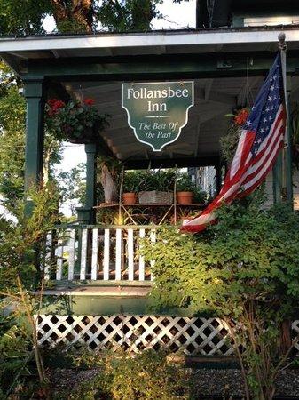 Follansbee Inn: Welcoming Patio